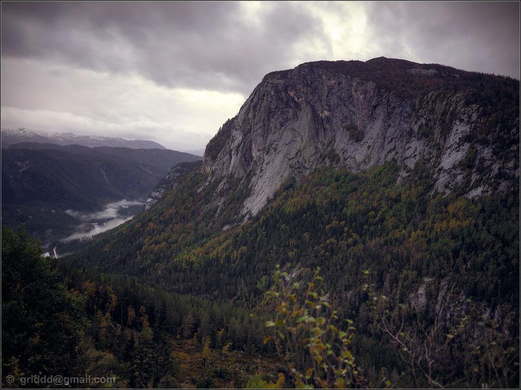 Enslig i bergen